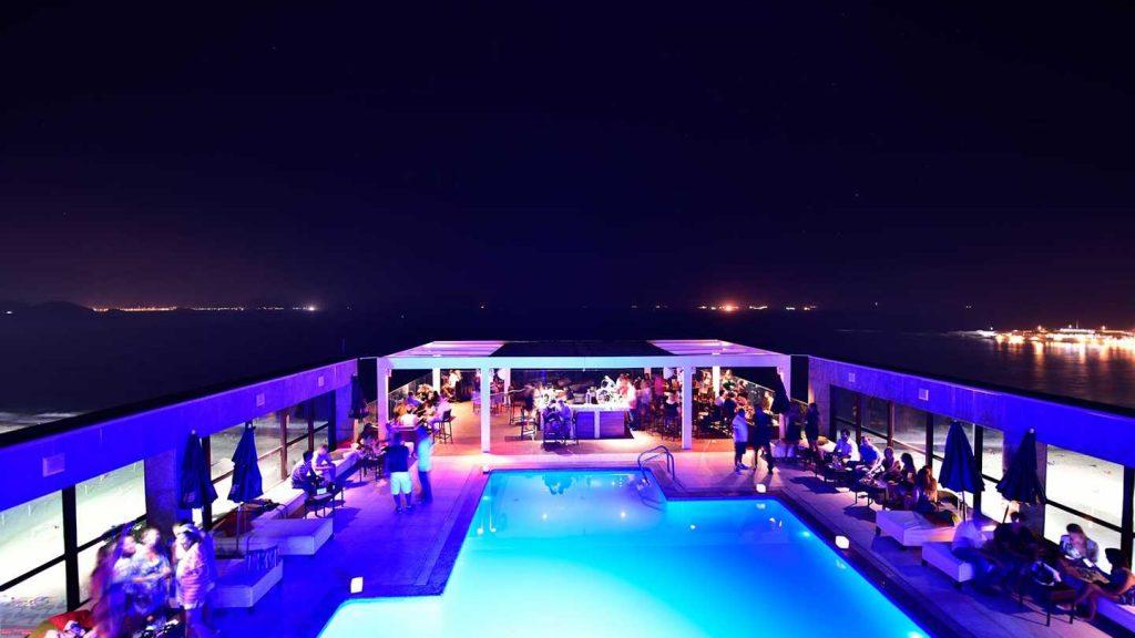 Vista do lounge da Cobertura Pestana Rio Atlântica.